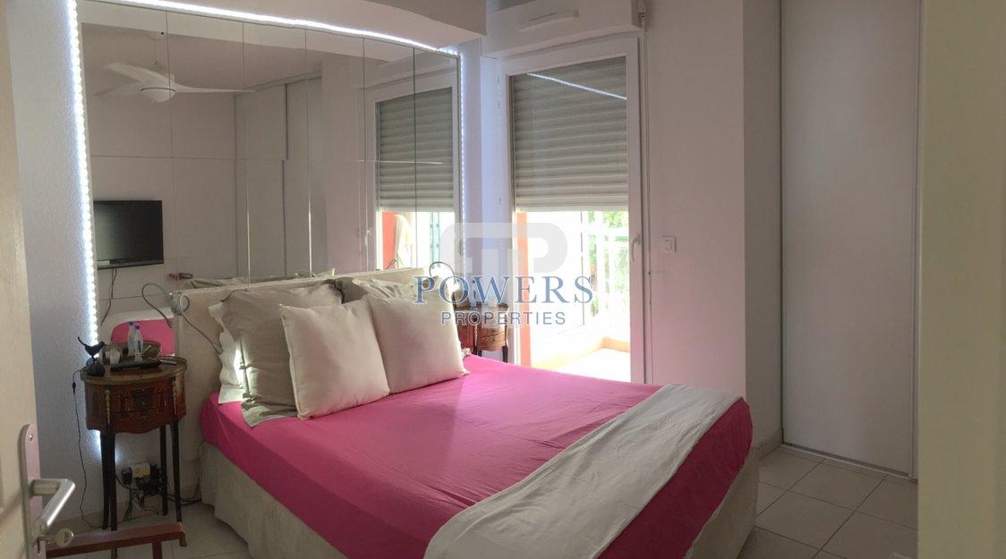 Charmant appartement 3 pièces au-dessus de Monaco