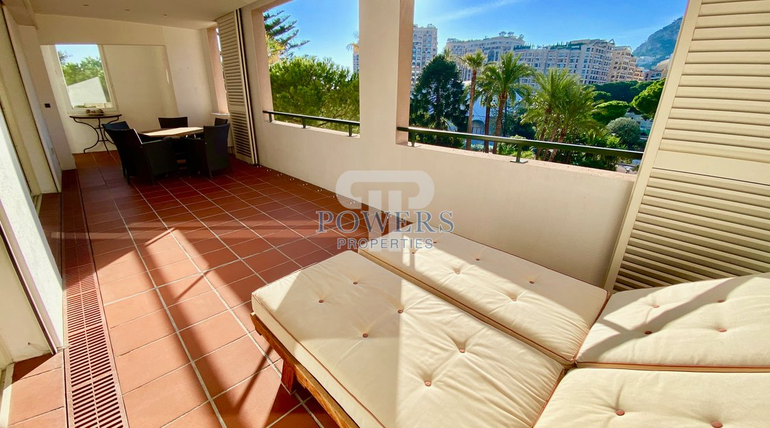 Large 2 bedroom apartment with terraces - Monte Marina