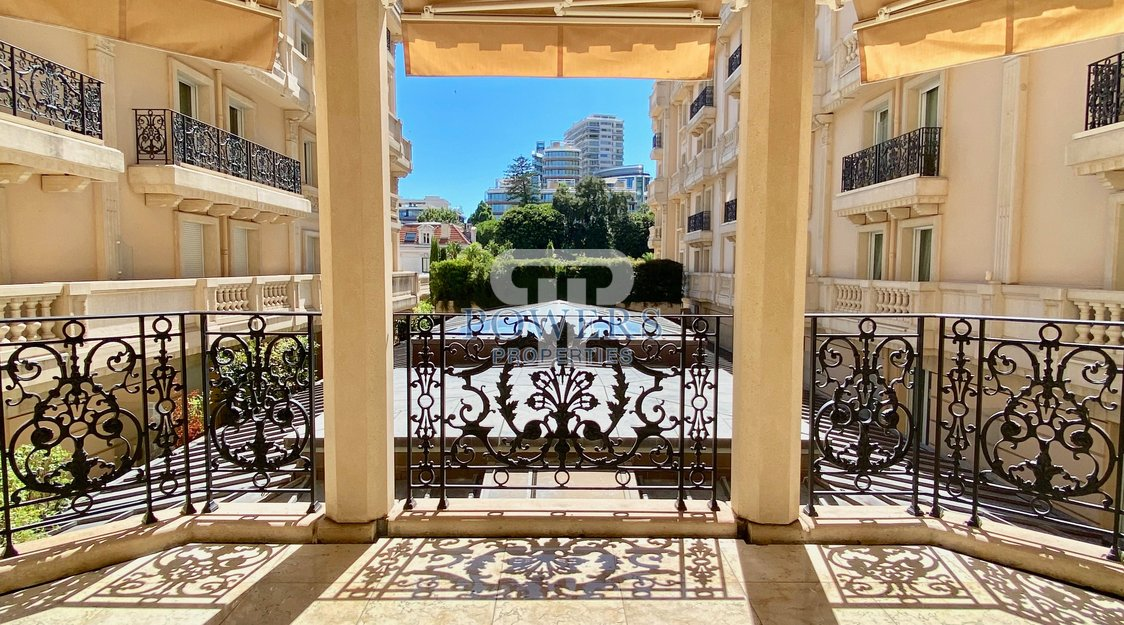 6 rooms apartment - Residence Metropole