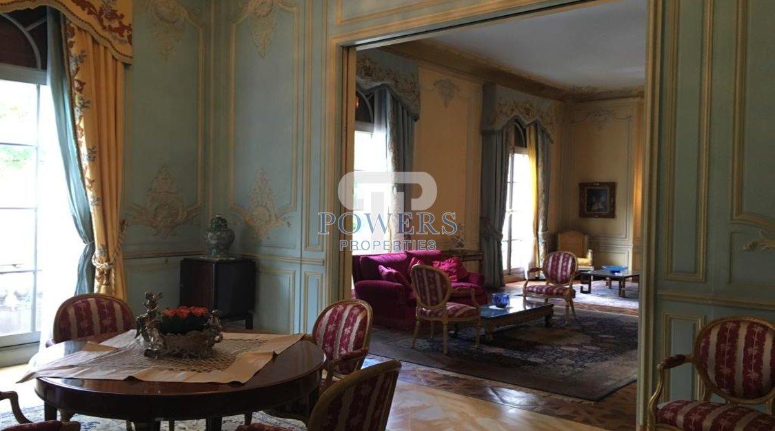 Magnificent Mansion, in the 15th arrondissement - Paris