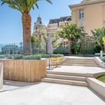 Propriété unique avec jardin et piscine privés. - 8