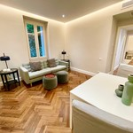 Luxuriously renovated 2 bedroom apartment in the Flor Palace II - 1