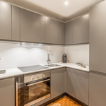 Luxuriously renovated 2 bedroom apartment in the Flor Palace II - 4