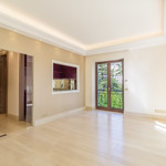 2 bedroom apartment, completely renovated in the Golden Square - Palais St James - 3