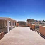 Stunning luxuriously renovated penthouse - 1